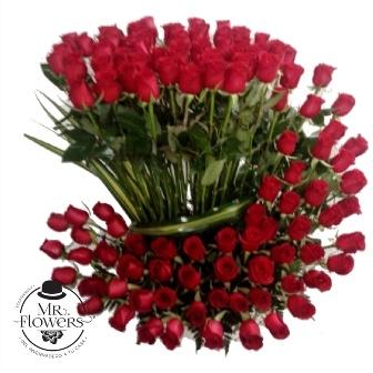 100 Rosas Rojas En Espiral